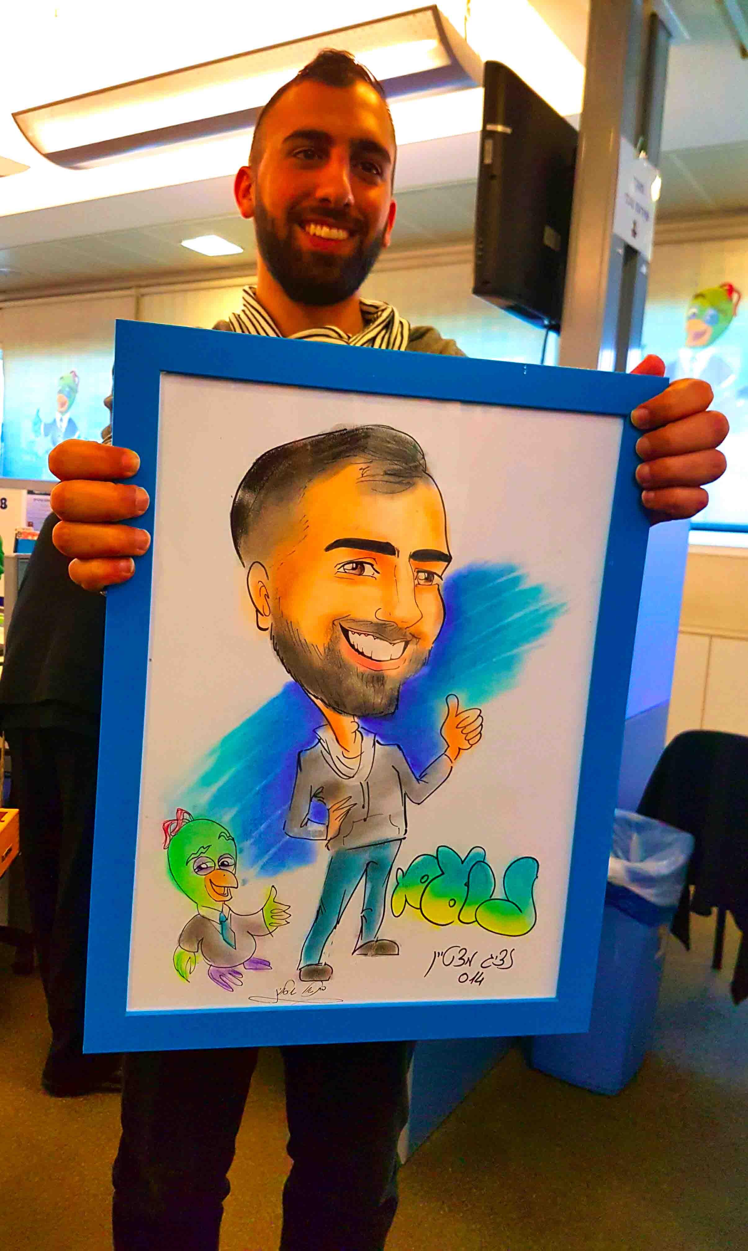 ציורי קריקטורות כמתנה ומזכרת לחגים לעובדי חברת בזק בינלאומי, ובנוסף גם אטרקציית קריקטורות מעניינת באירועי החגים